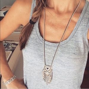 NEW Stella & Dot chiara pendant necklace